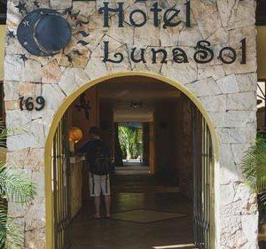 LunaSol Playa del Carmen Eingang