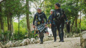Weg zur Cenote