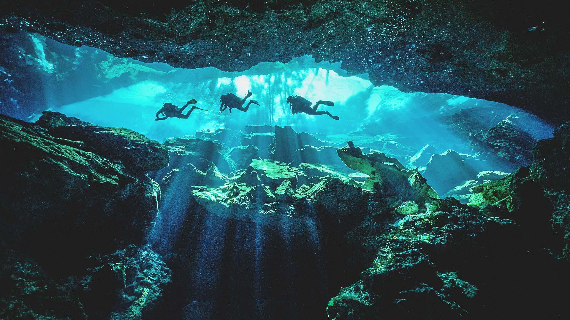 Cenote Chac Mool Tauchen